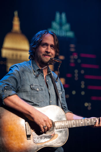 <strong>Hayes Carll</strong>
