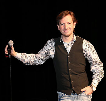 <b> Darren Knight's Southern Momma An Em Comedy Tour</b>