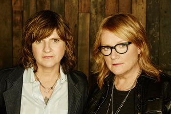 <b>Indigo Girls</b>