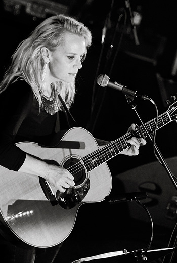 <b>Mary Chapin Carpenter</b>