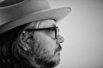 <b>Jeff Tweedy</b>